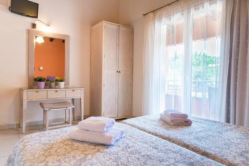 Apartment Apollon, location de vacances à Peroulion