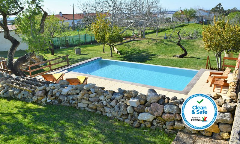 Quinta do Tio Viagem - Casa do Queijo, holiday rental in Setubal District