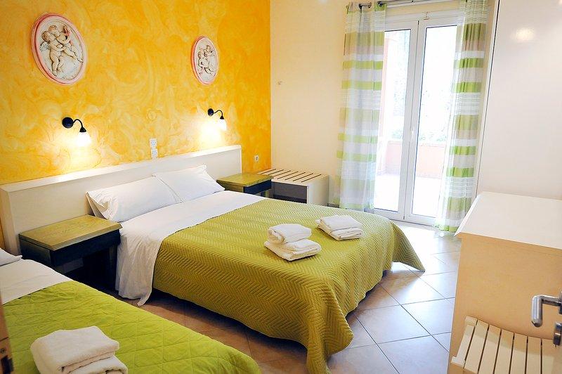 Apartment Hera, location de vacances à Peroulion