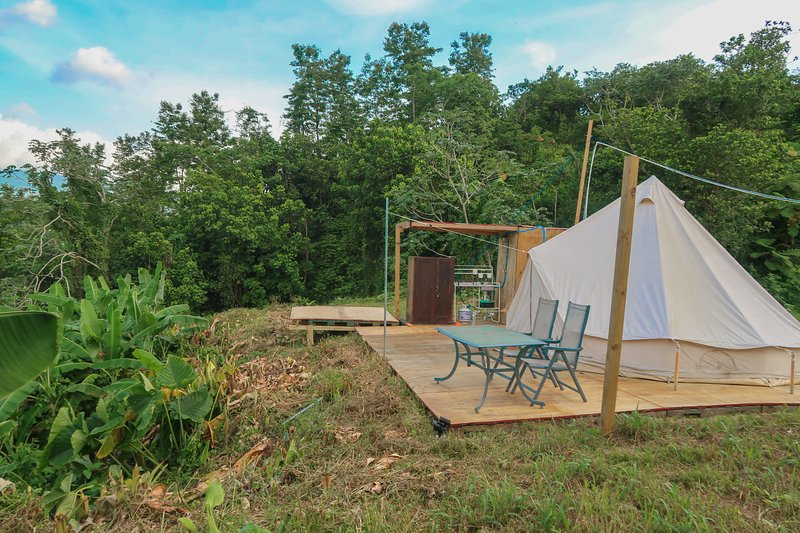 ☼Caonillas Lake View Glamping Site/ Jazuzzi, holiday rental in Utuado