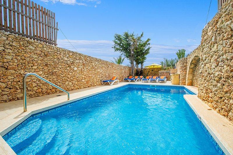 Ta Salvu Holiday Home, holiday rental in Ggantija