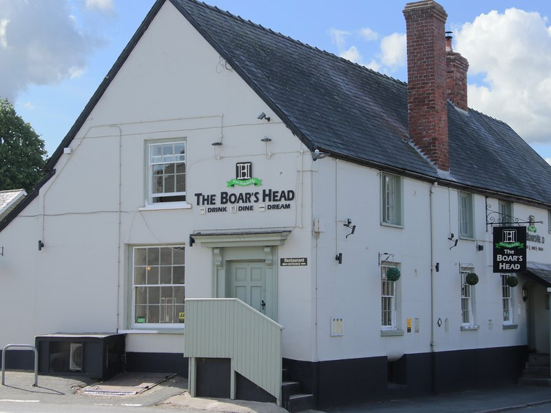The Boars Head Pub, Bishop's Castle, holiday rental in Bishops Castle