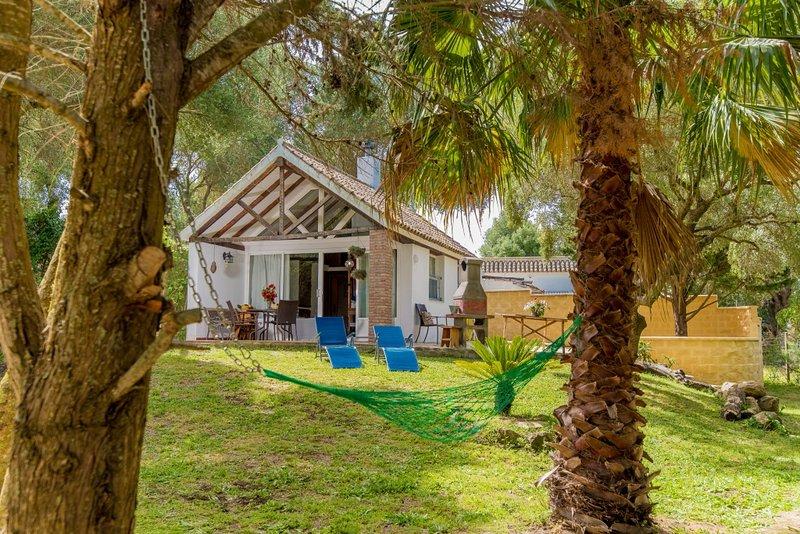 Bungalow independiente, privado y vallado cerca de la playa, alquiler de vacaciones en Barbate