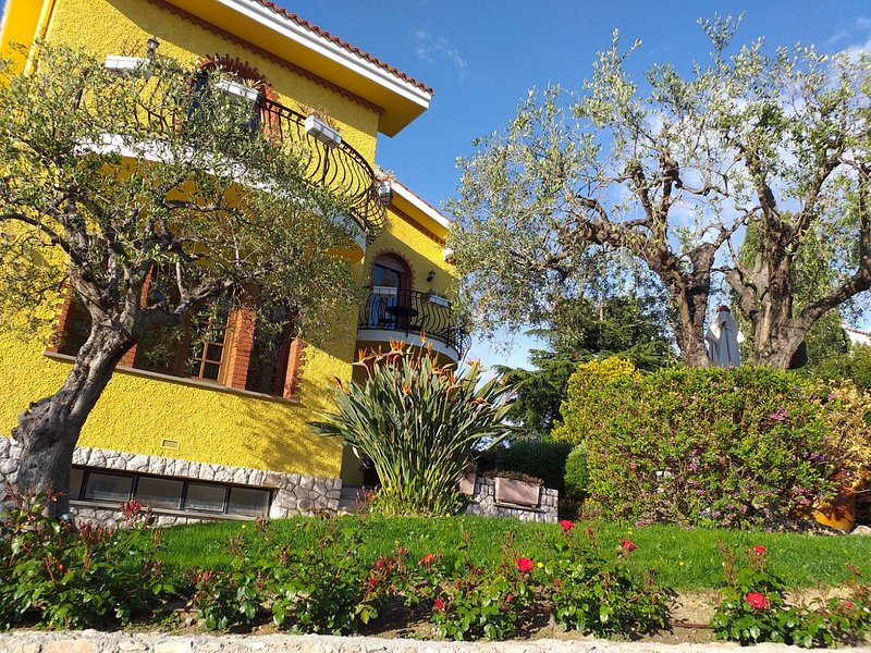 Villa Bordighera - Liguria, Italy, holiday rental in Vallecrosia