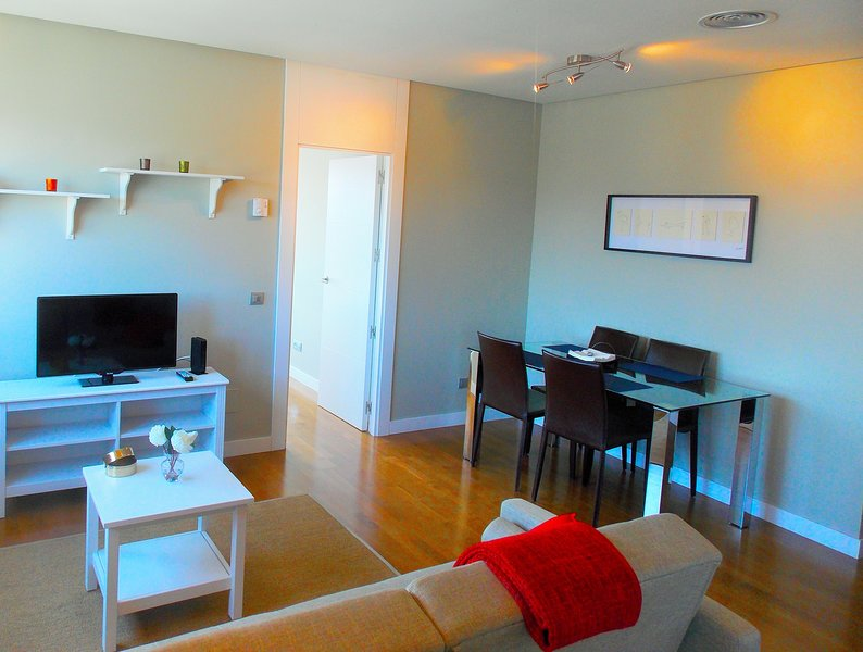 Roomspace - Chamartin, holiday rental in Tres Cantos