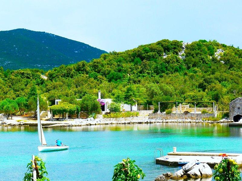 Casa junto al mar - Playa privada, Croacia, vacation rental in Dubrovnik
