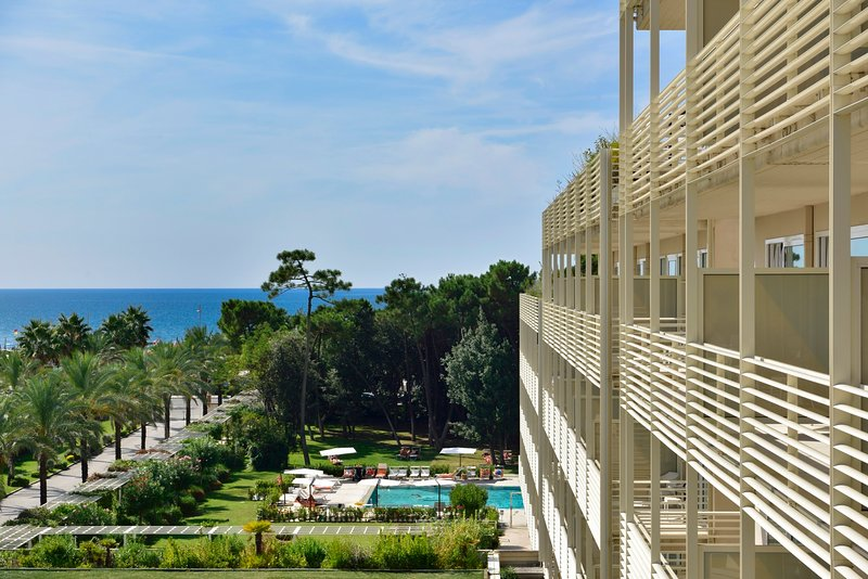 Lido di Camaiore Apartment Sleeps 6 with Pool and Air Con - 5838266, vacation rental in Lido Di Camaiore
