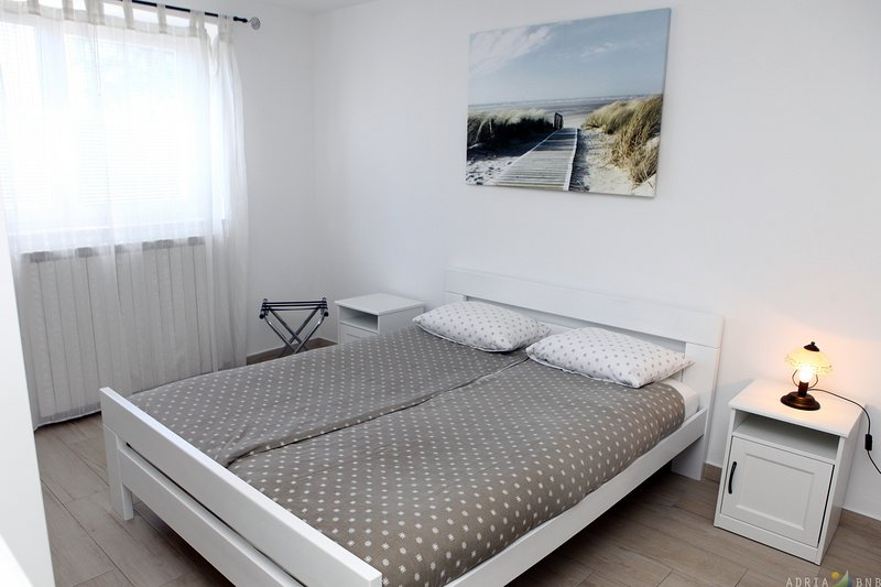 Modern Apartment Portoroz BL2, holiday rental in Portoroz