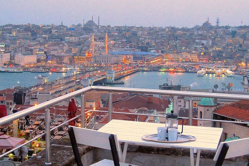 Airy style, amazing terrace views in Galata!, holiday rental in Istanbul