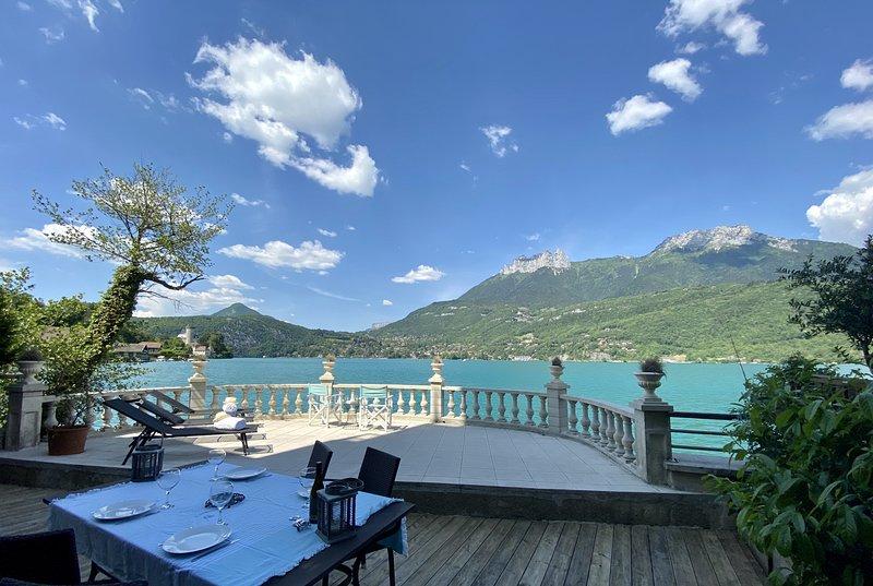 LES LIBELLULES - UNIQUE : Accès direct au Lac !, holiday rental in Duingt