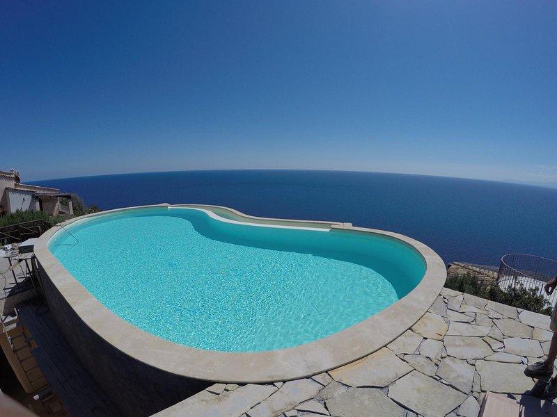 VILLA PATTY, location de vacances à Torre delle Stelle
