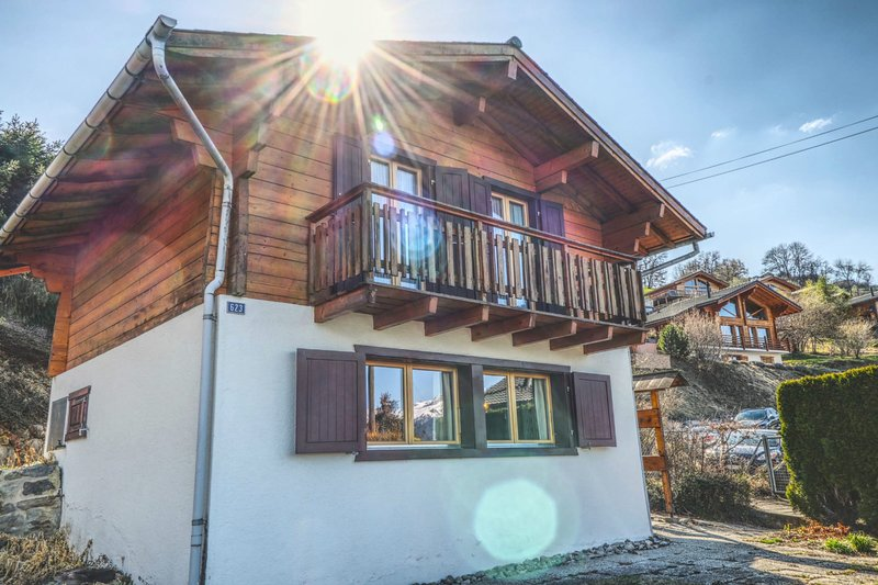 Chalet for 6 people - Nendaz 4 vallées, holiday rental in Conthey