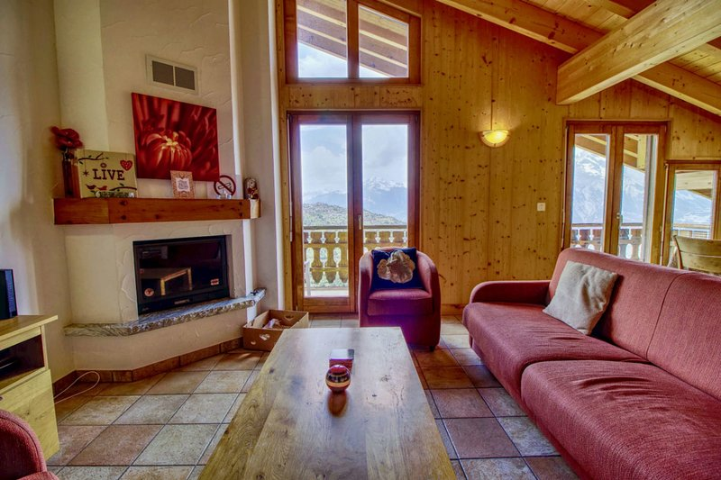 Nice apartement in Veysonnaz with a beautiful view, alquiler vacacional en Saviese