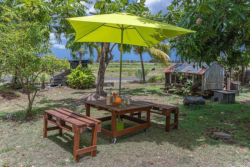 Le Verger de Charles - jardin arboré - Petit Canal Guadeloupe, vacation rental in Gros Cap