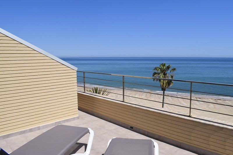 Atico Riu Bolulla Marenia AT1102, holiday rental in Els Poblets
