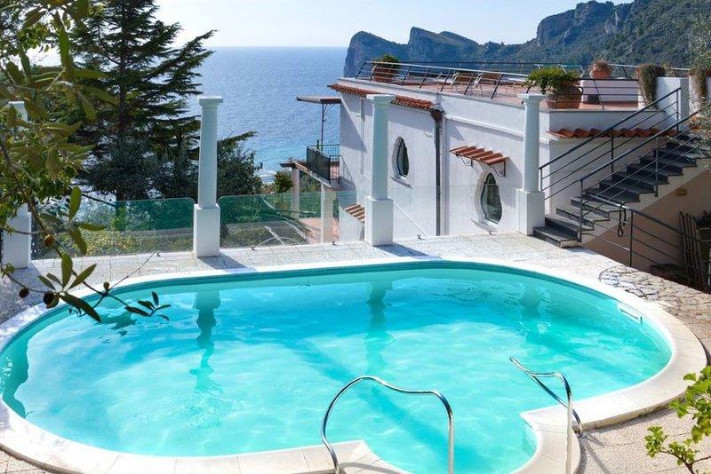Private sea-view villa in Nerano near the beach, holiday rental in Nerano