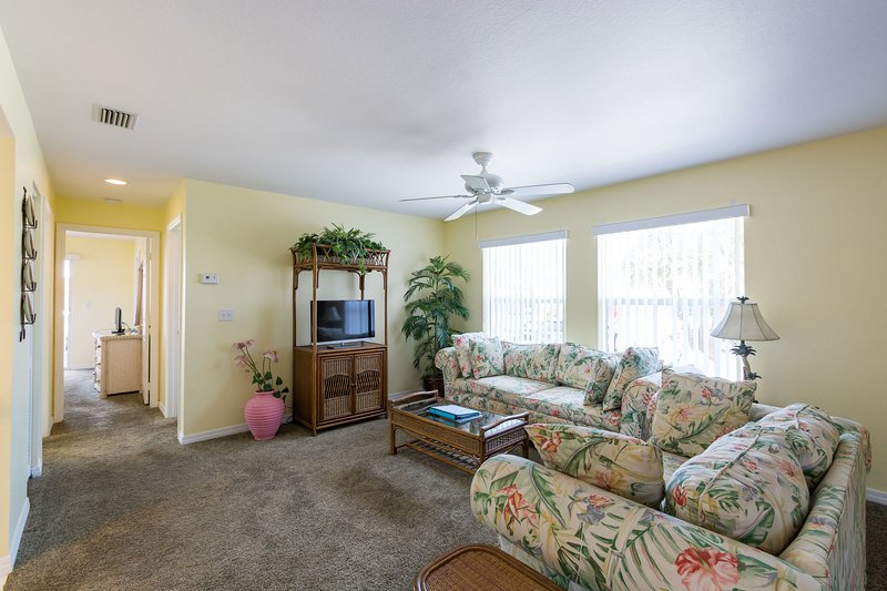 #1-C*Beach*Pool*Dock*Wi-Fi*Fishing*Walk to Restaurants*, casa vacanza a Manasota Key