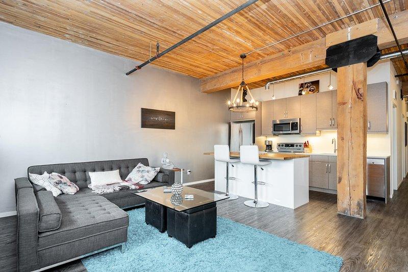 Refurbished 2 Bedroom Loft in the Exchange District – semesterbostad i Winnipeg