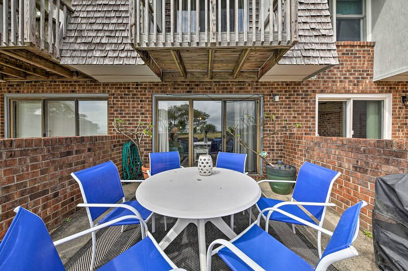 Private Exterior Space: Furnished Patio / Balcony