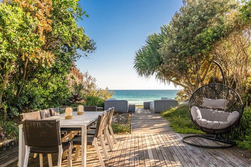 Your Luxury Escape - Byron Beachfront, holiday rental in Byron Bay