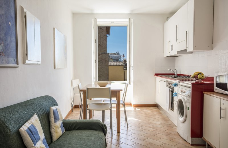 GH Paradiso - 2 Bedrooms Apartment (A), holiday rental in Moltacino