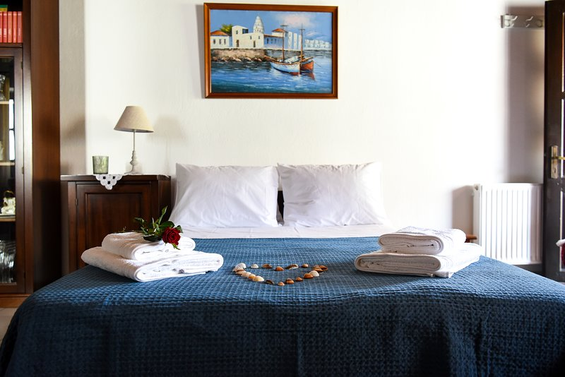 Blue Nest, holiday rental in Megali Ammos