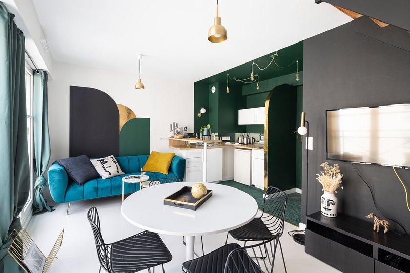 JADE - Joli Duplex avec parking privé, casa vacanza a Saint Herblain