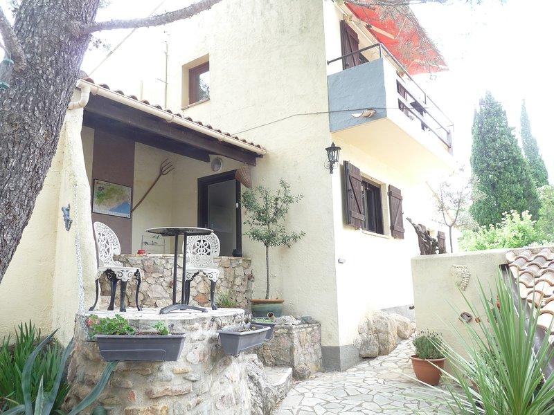 Syrah, Hacienda des Roucans, vacation rental in Lieuran-les-Beziers