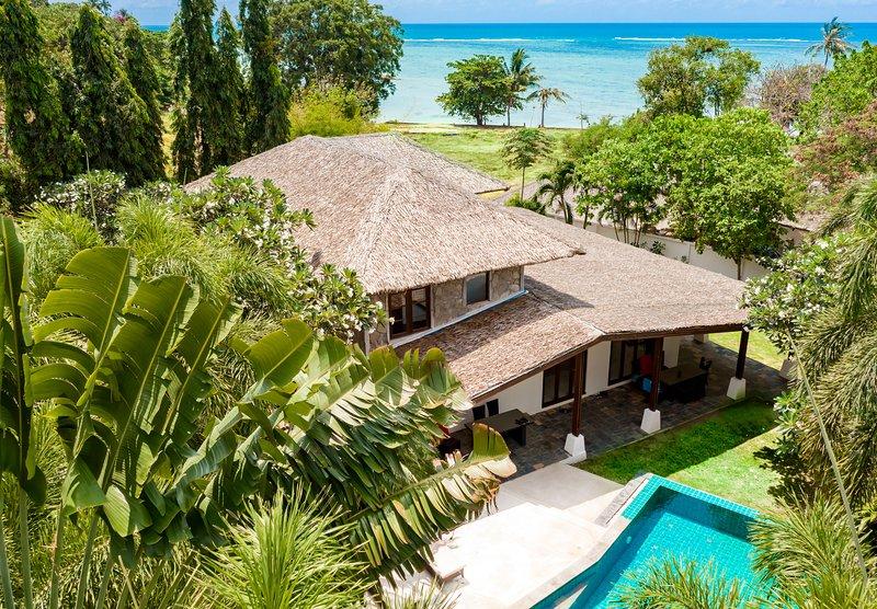 TROPICAL BEACH VILLA LAGOON | Beach-Pool-Freedom, holiday rental in Lamai Beach