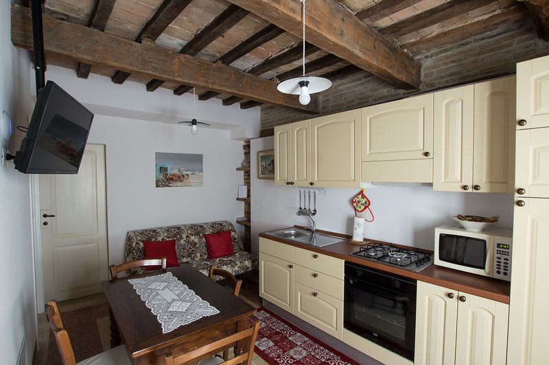 Casa rustica intera, vacation rental in Gemmano