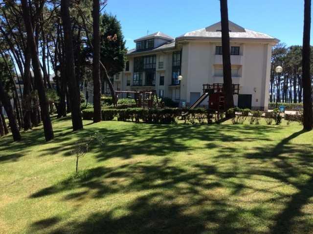 Apartamento con bajada directa a la playa de Tapia, holiday rental in El Franco Municipality