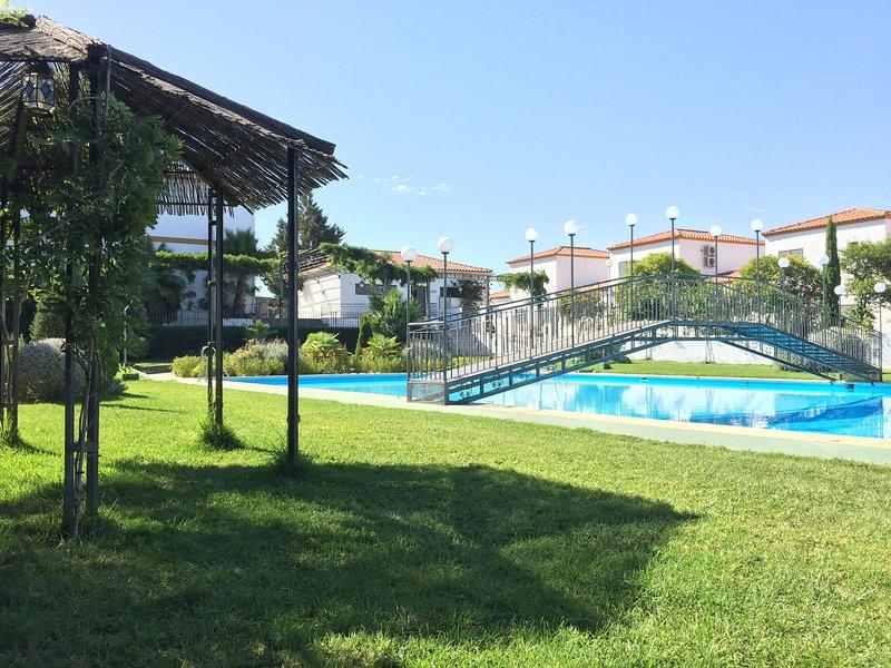 BUNGALOW23! (WIFI + Parking + Patio), alquiler vacacional en Provincia de Badajoz