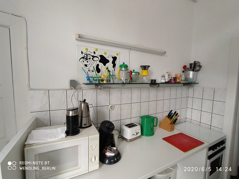 bright kitchen with 4 coffeemaker, french, german classic, italian and tea and foammaker nespresso