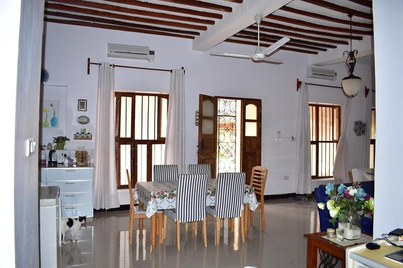 Mbv Hotel Annex Family Rooms, vacation rental in Matemwe