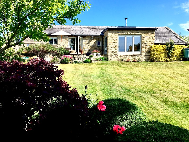 The Old Dairy Cottage - affordable luxury near Harrogate, holiday rental in Menston