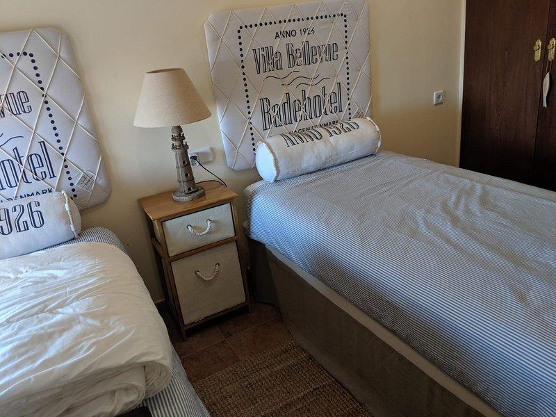 bonito apartamento en costa esuri, vacation rental in Costa Esuri