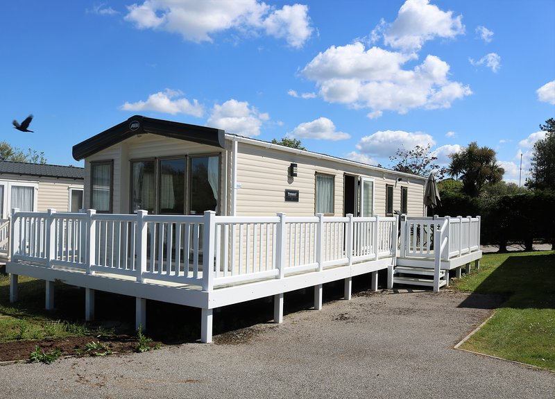 Mutts Rest 611 Scyamore Forest White Acres Holiday Park, location de vacances à Indian Queens