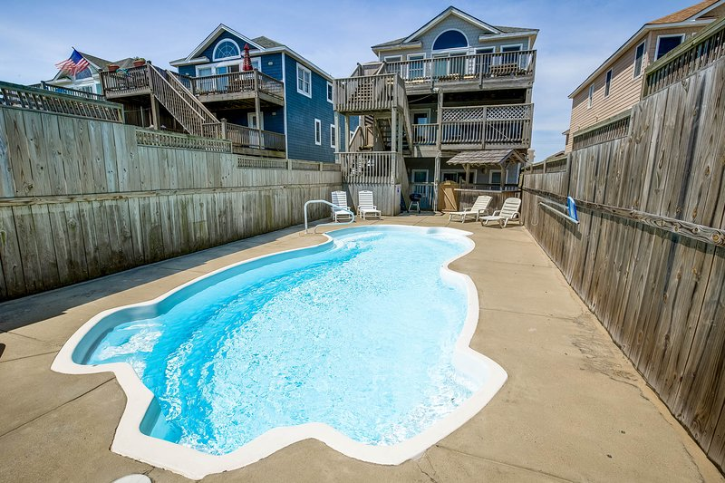 High Tide | Oceanfront | Dog Friendly, Private Pool, Hot Tub | Nags Head, location de vacances à Nags Head