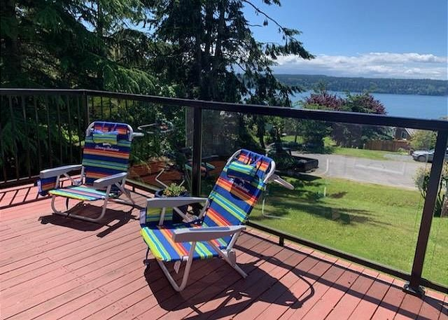 Newly remodeled 2 bedroom beach cottage, location de vacances à Langley
