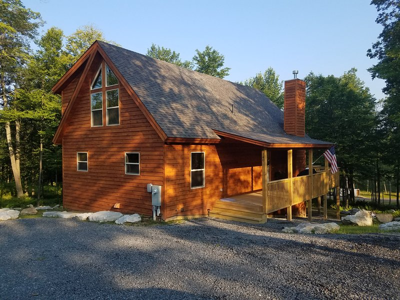 WISP Ski Home on Top of the Mountain - WISPy Mtn Hop, vacation rental in McHenry