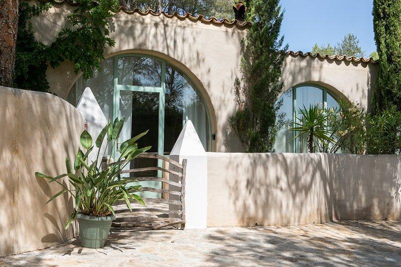 Casa Los Arcos at Masia Nur, vacation rental in Sitges