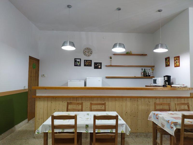 AlberGue completo, holiday rental in Pradillo