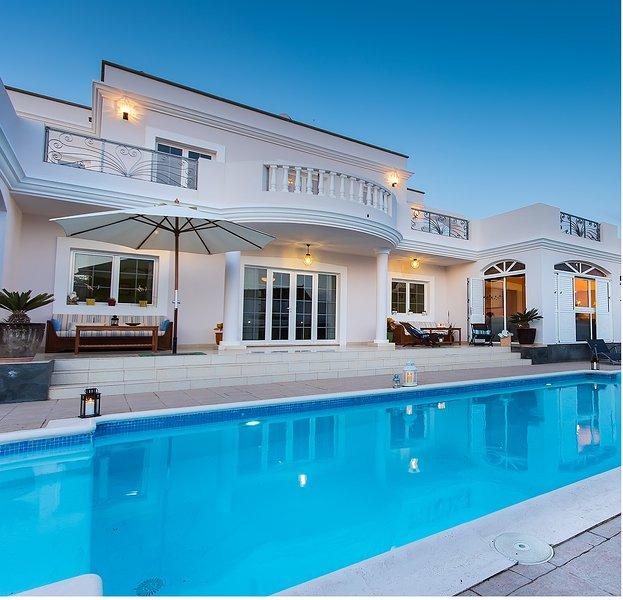 OFERTAS 2020/2021 ( CONSULTAR ) - VILLA COSTA GOLF, holiday rental in Costa Teguise