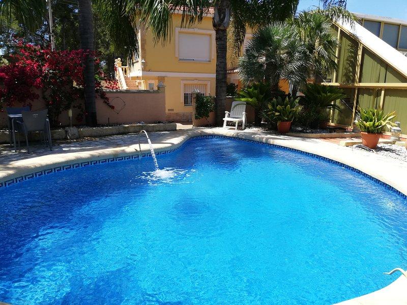BONITA VILLA DE LUJO VACACIONES DENIA (LAS ROTAS), vacation rental in Denia