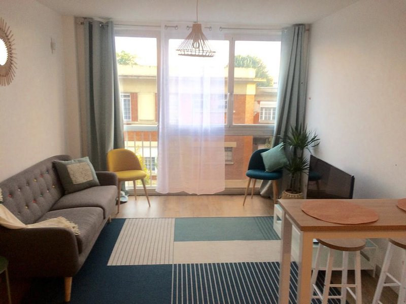 Appartement aux Portes de Paris, aluguéis de temporada em La Courneuve
