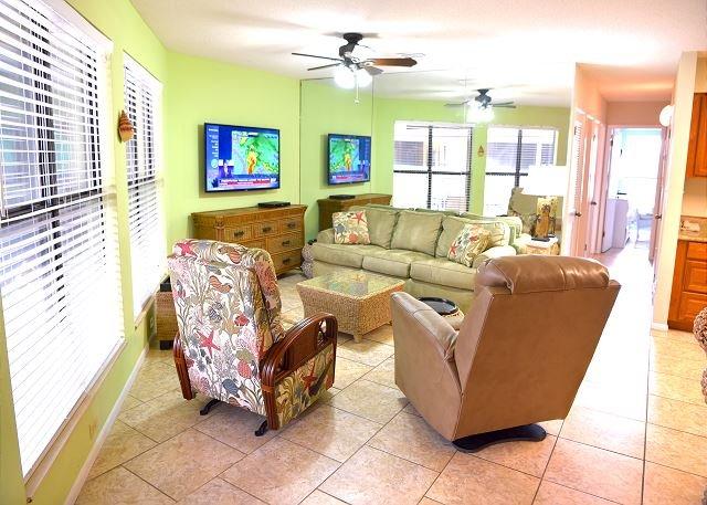 Sandpiper 11C ~ Great Family Condo ~ Bender Vacation Rentals, location de vacances à Gulf Shores