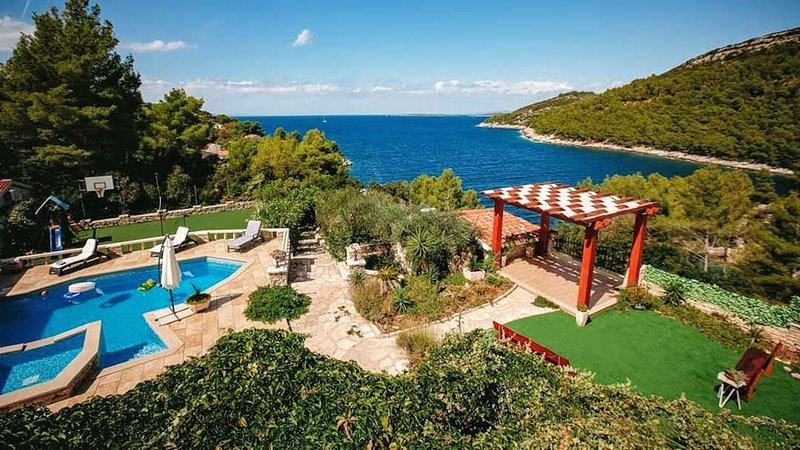 Stone house -Villa - 'Romantic', holiday rental in Vela Luka