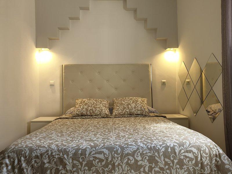 Amazing apartment in Madrid & Wifi, vacation rental in San Sebastian de los Reyes