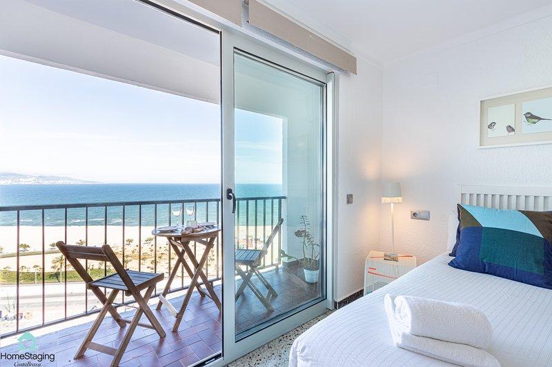 Apartamento 1a Linea / Vue Mer/Sea View - WiFi, vacation rental in Empuriabrava