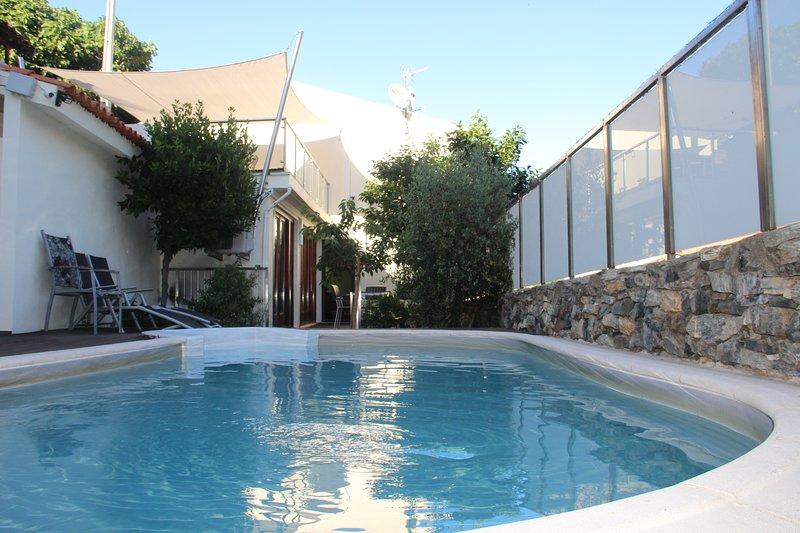 Casa do Rio Fervença, aluguéis de temporada em Distrito de Bragança